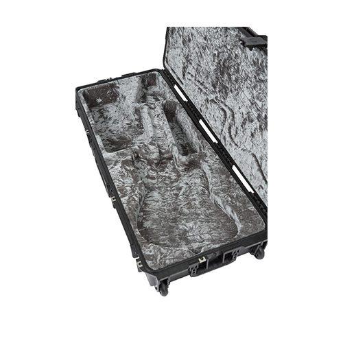 SKB iSeries Waterproof Jaguar®/Jazzmaster® Guitar Flight Case