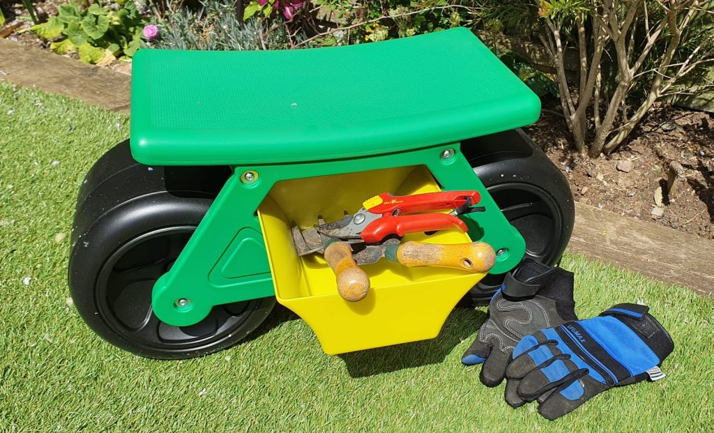 Challenger Wheeled Gardeners Stool – With Drawer & 2 X Side Tool Tray